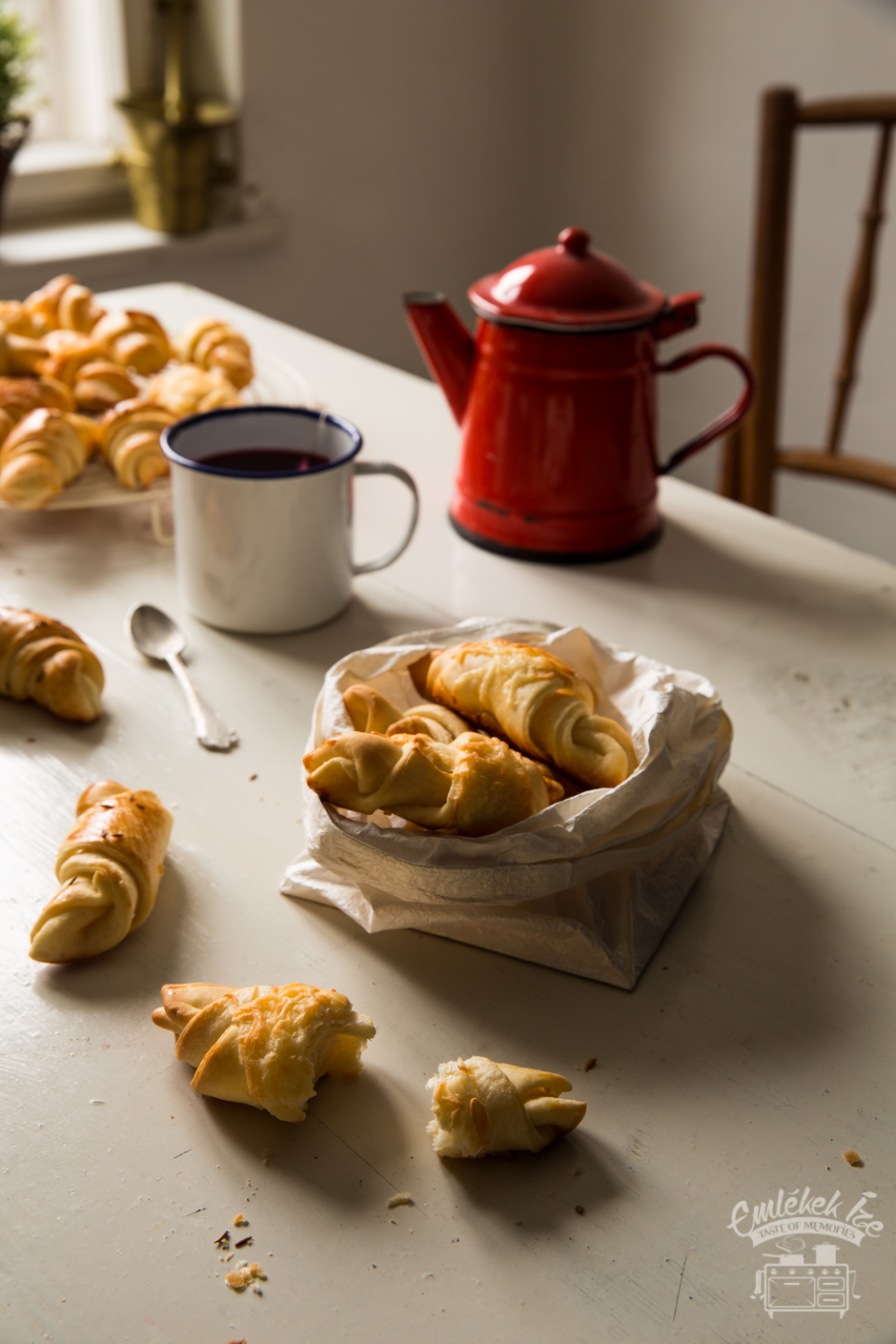 Hungarian savoury crescent cookies from the Taste of Memories kitchen