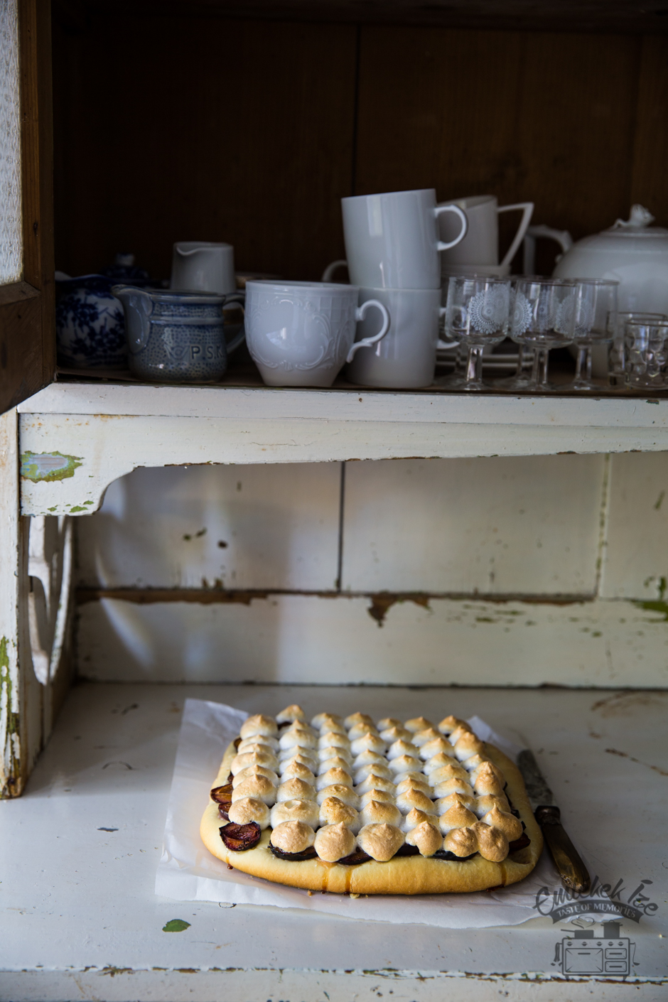 plum pie recipe from the Taste of Memories countryside kitchen