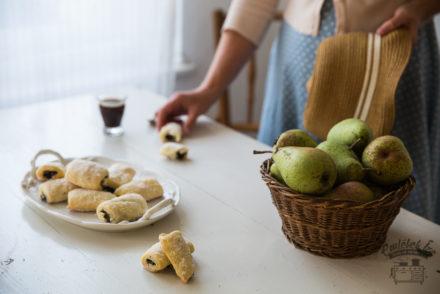 mákos kifli, Hungarian crescent cookies from the Taste of Memories countryside kitchen www.taste-of-memories.com