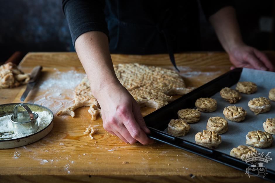 tepertős pogácsa, Hungarian savoury scones from the Taste of Memories countryside kitchen