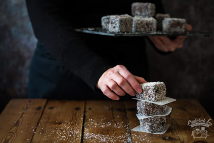 kókuszkocka (the Hungarian lamington) from the Taste of Memories country kitchen
