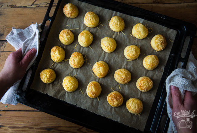 túrós pogácsa, savoury scones with cottage cheese from the Taste of Memories country kitchen